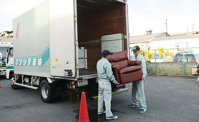 引っ越し荷物輸送